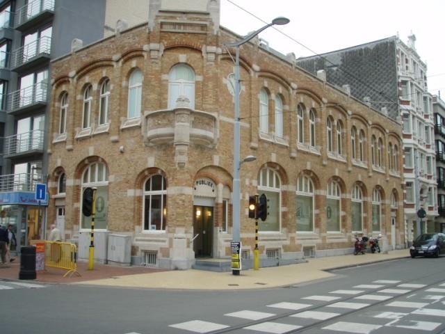 Oude postgebouw